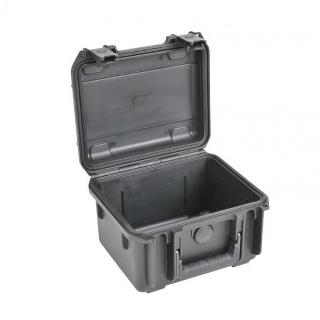 "SKB SKB-MALETA-C | Caja Impermeable Negra de 6"" con Ruedas"